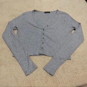 Brandy Melville ribbed grey button up top